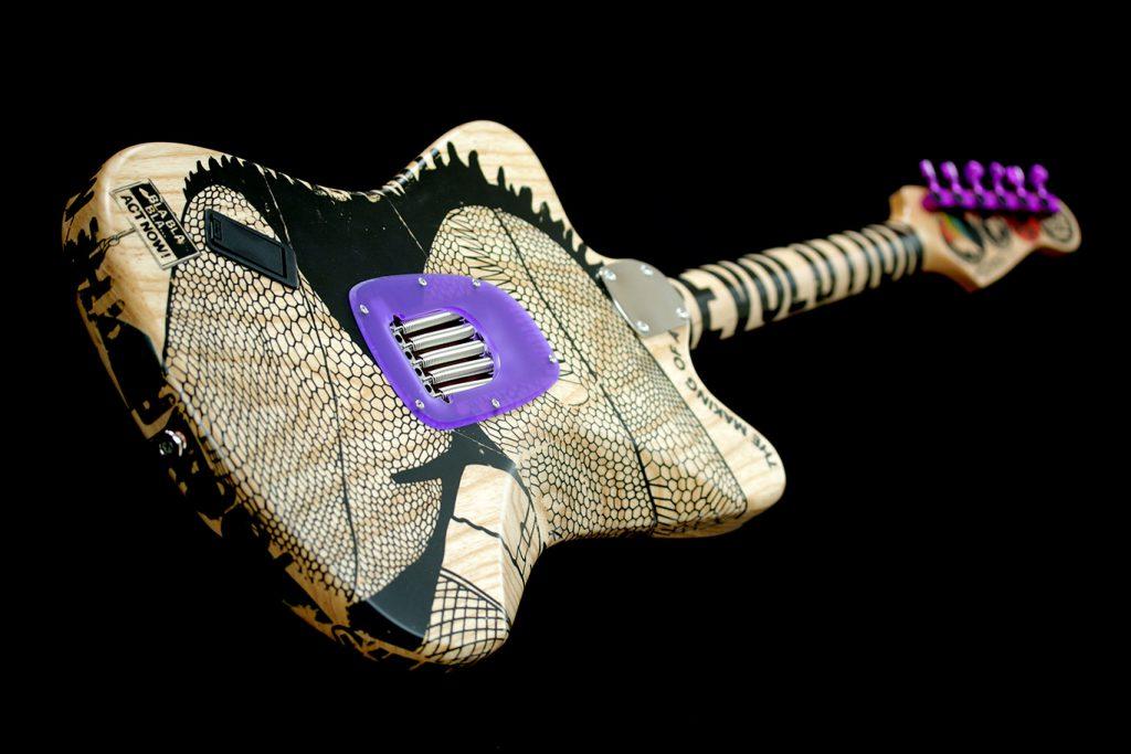 Kora Junger – The Deimel Firestar Artist Edition »Stop The War«